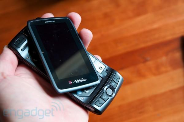 T-Mobile offers Sidekick owners half off Samsung phones or waived ETFs