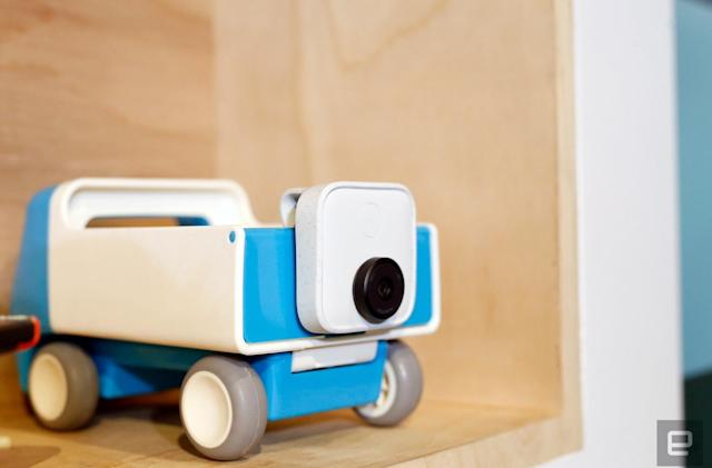 Google Clips hands-on: Not just a camera, but a photographer too