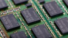 Semiconductor ETFs Fall as US Chip Firms Stop Shipments to Huawei