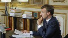 """Remaniement: Macron promet """"un nouveau chemin"""" et loue une """"relation de confiance unique"""" avec Philippe"""