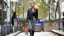 Pantalones holgados+botas altas: una tendencia polémica que arrasa