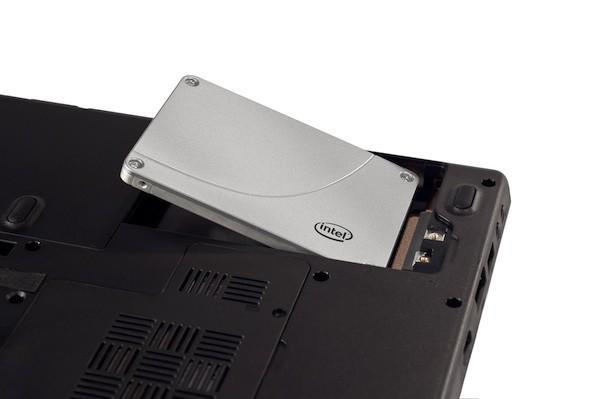 Intel rolls out third-generation SSD 320 Series drives
