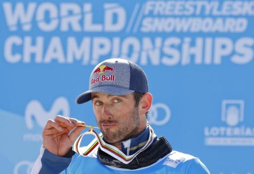 Pierre Vaultier remporte son cinquième globe de cristal