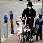 Israel makes masks in public compulsory as Passover lockdown begins