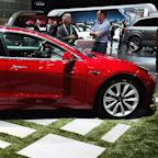 Goldman: Tesla shares to drop more than 30 percent in the next 6 months on weak Model 3 deliveries