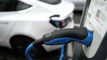 Primes et bornes: une batterie de mesures pour électriser le marché de l'automobile