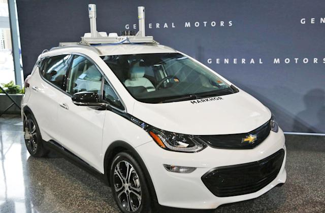 GM aims to put 300 more self-driving Chevy Bolts on the road