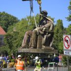 Crowd applauds Richmond's second Confederate statue removal