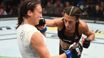 Jedrzejczyk looks masterful in easy victory