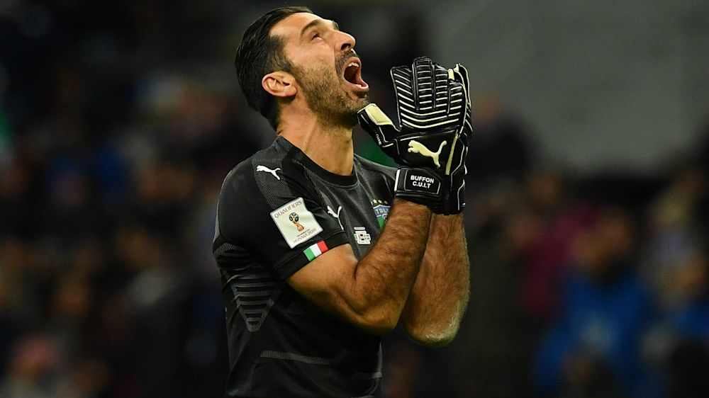 Emotional Buffon confirms international retirement