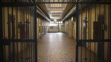 Arles: trois gardiens de prison blessés par un détenu