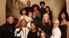 Eddie Murphy junto a sus 10 hijos en navidad