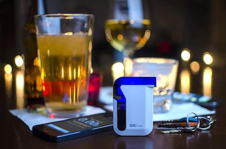 BACtrack iPhone breathalyzer could save your life this holiday season