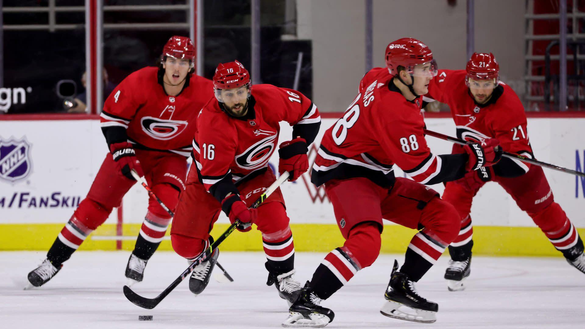 NHL Power Rankings: Hurricanes, Islanders climb rankings with winning streaks