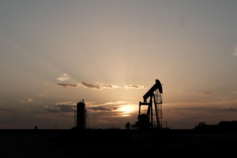 As U.S. crude oil goes global, hedging goes local