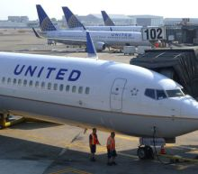United flights delayed after computer glitch grounds U.S. planes