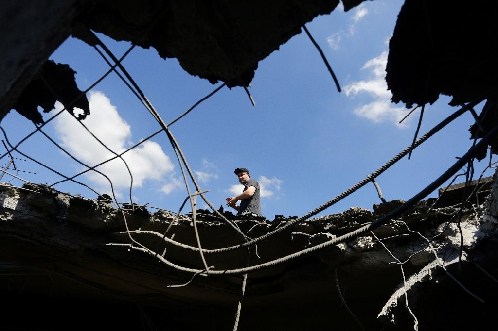 Fresh fighting in eastern Ukraine has cast a shadow over a new ceasefire deal (AFP Photo/Aleksey Filippov)
