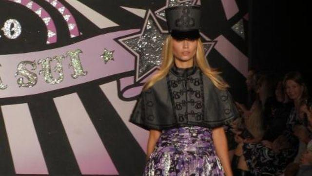 Style.com Fashion Shows - Anna Sui: Spring 2010 Ready-to-Wear