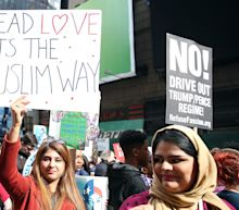 'I am a Muslim too' rally in Times Square