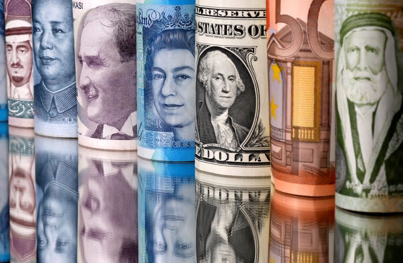Dollar holds gains as virus woes hurt euro and sterling
