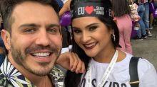 """Mileide Mihaile curte show de Sandy e Junior com camisa da dupla: """"Tanto choro, tanto turu turu"""""""