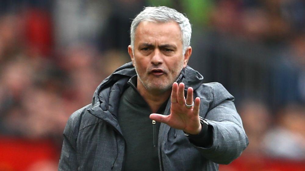 Mourinho cuestiona la lesión... ¡de su propio jugador!