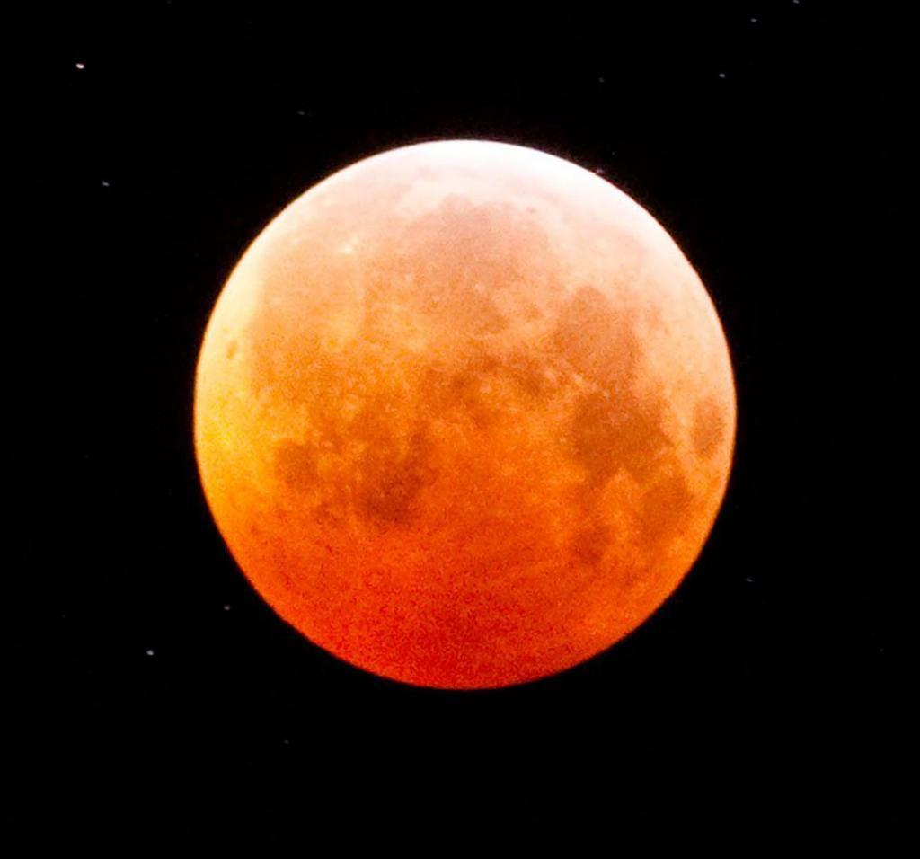 'Blood moon' visible tonight