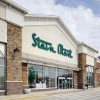 Stein Mart embraces the enemy with installation of Amazon Lockers in nearly 200 stores