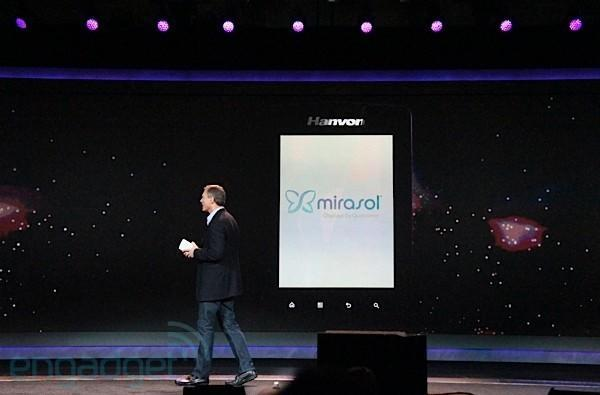 Qualcomm shows off new Hanvon Mirasol e-reader, juggles video and text