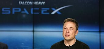Musk erases Facebook pages for SpaceX, Tesla
