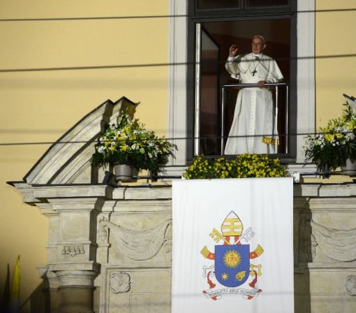 Pope tells young to 'make some noise!'