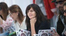 Wer ist die Frau, die bei Chanel das Erbe von Karl Lagerfeld antreten wird?