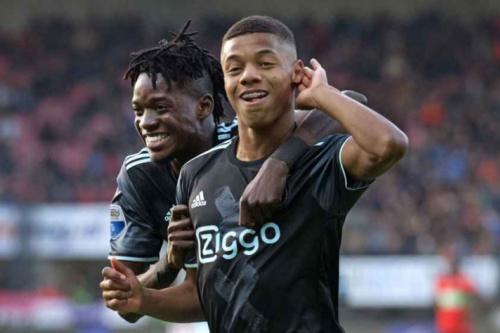David Neres marca em goleada do Ajax no Campeonato Holandês