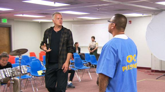 Tim Robbins teaches acting in prison