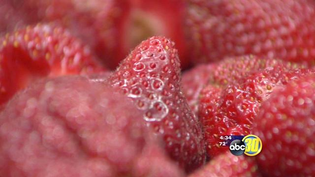 Fresno Unified turns to local farmers for fresh produce