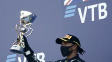 """Lewis Hamilton en passe de devenir le pilote de F1 le plus titré : """"Il va battre ce record et ce n'est que mérité"""", selon Alain Prost"""