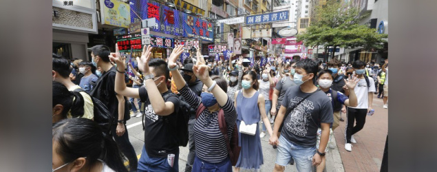 警方表示,在銅鑼灣拘捕超過40人涉嫌非法集結。⋯