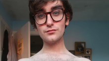 'Está na hora de um Ken tamanho GG!': um blogueiro britânico quer que os homens aceitem seus corpos também