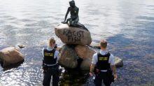 """""""Pescado racista"""": vandalizan la estatua de La Sirenita en Dinamarca con un duro mensaje"""