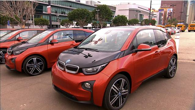 First drive in the BMW i3 (CNET On Cars, Episode 31)