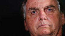 Bolsonaro volta a criticar medidas de restrição apesar de disparada do coronavírus no país