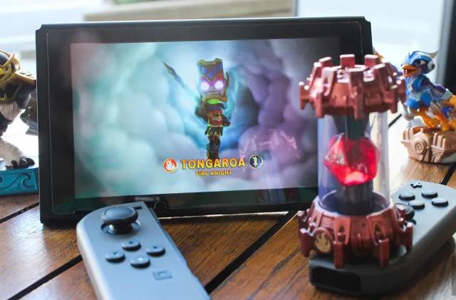 'Skylanders' learns what Amiibo knew all along: Drop the portal