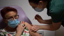 Covid-19 : le vaccin d'AstraZeneca doit rester réservé aux plus de 55 ans, selon un avis de la Haute Autorité de santé