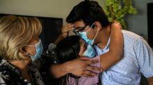 Na Flórida, família de luto pelo vírus não sabe como pagar o hospital