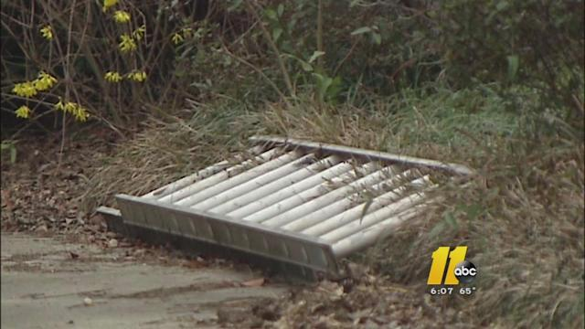 Fayetteville police warn residents of ladder bandits