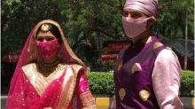 Manish Raisinghan and Sangeita Chauhan Wear Masks at Gurudwara Wedding, Watch Videos