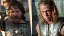 Brad Pitt y Eric Bana, dos caballeros que pagaron para darse guantazos en 'Troya'