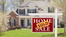 U.S. pending home sales dipped in February