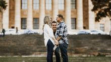 Jason Segel photobombs couple's engagement shoot