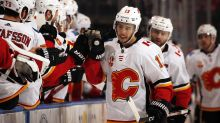 Johnny Gaudreau scores emotional goal after death of grandfather